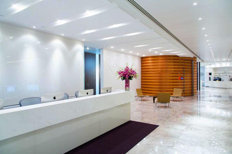 现代风格办公室前台设计实景图