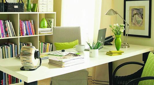 奉贤办公室装饰品的位置和背景设计