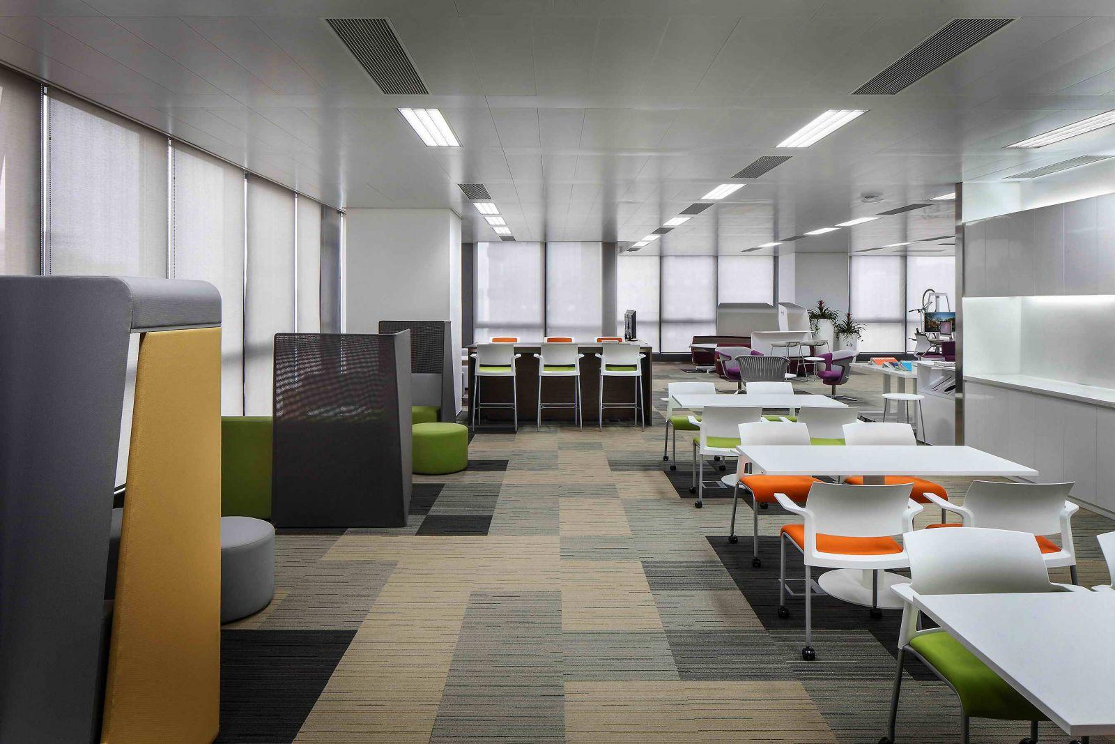 上海办公室装潢公司打造高效的现代化办公室..