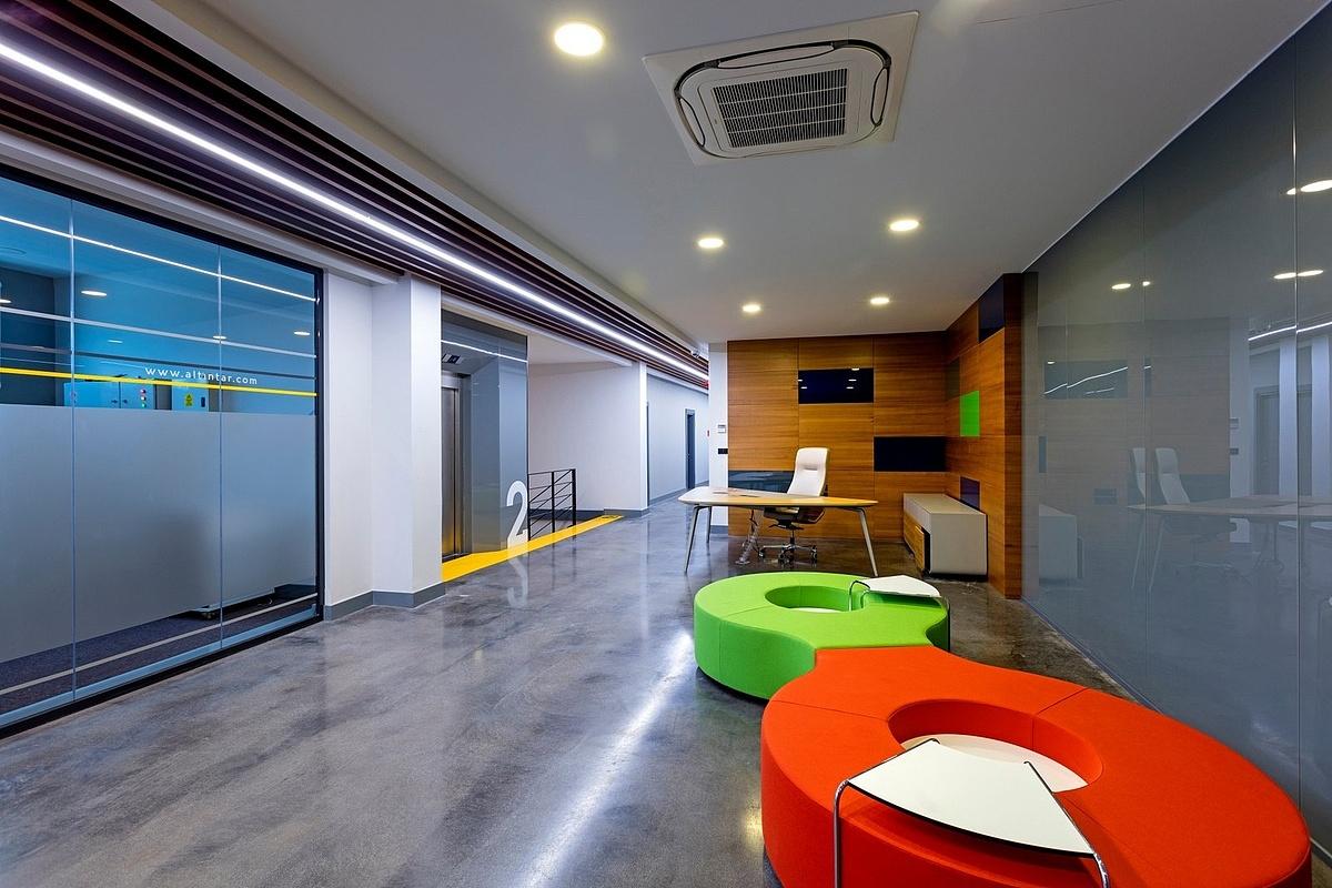 黄浦区2250平方工业风办公室设计