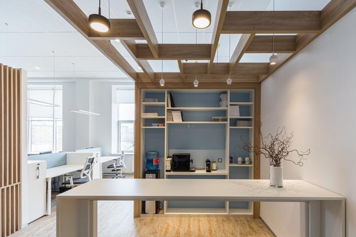 200平办公室装饰设计方案(照明公司)