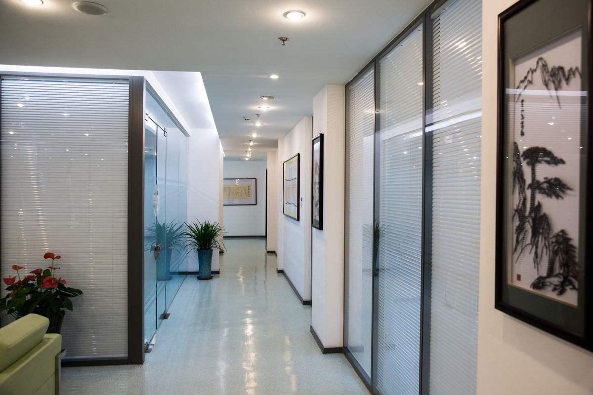 办公室隔断设计装修注意事项