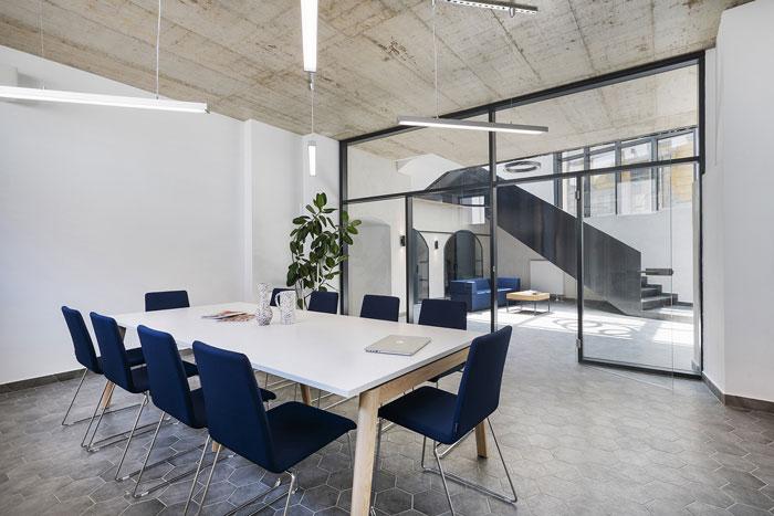 设计公司办公室装修翻新效果图