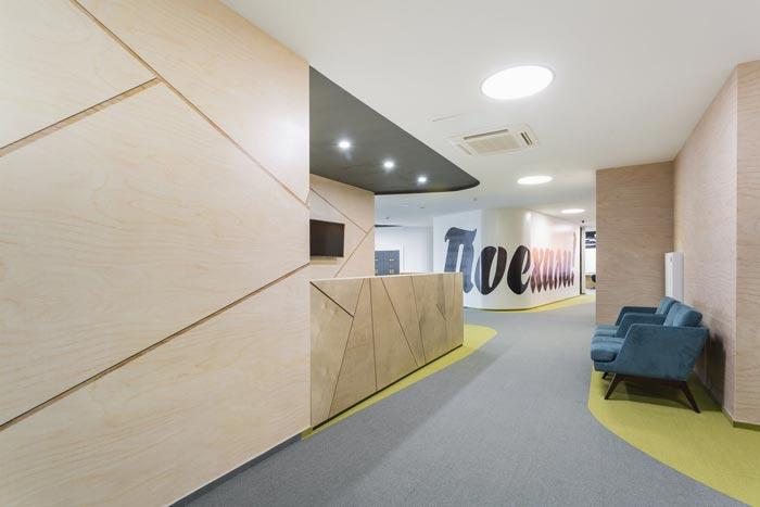 投资管理公司办公室前台设计图片