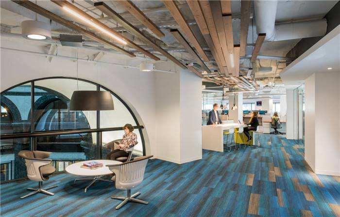 上海办公室装修解说办公室内设计与构思