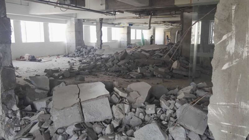 <b>静安恒隆广场办公室复原之拆除阶段</b>