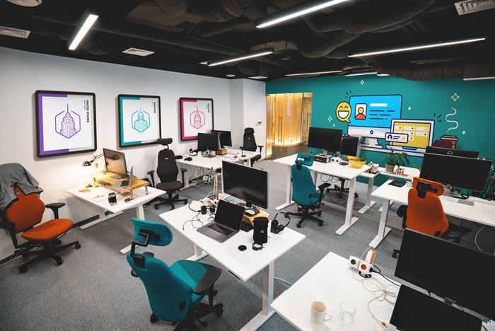220平米软件开放公司办公室装修效果