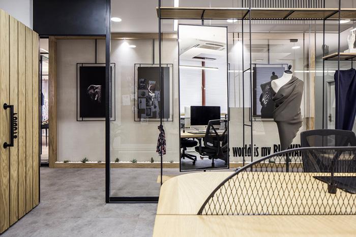时装公司办公室装修设计效果图