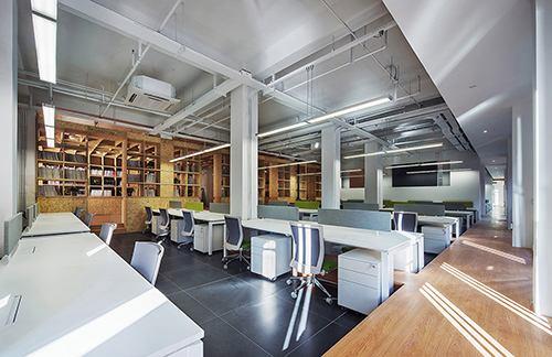 上海办公室装潢弱电安装的注意事项