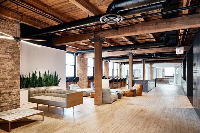 金融数据服务公司办公室装修设计效果