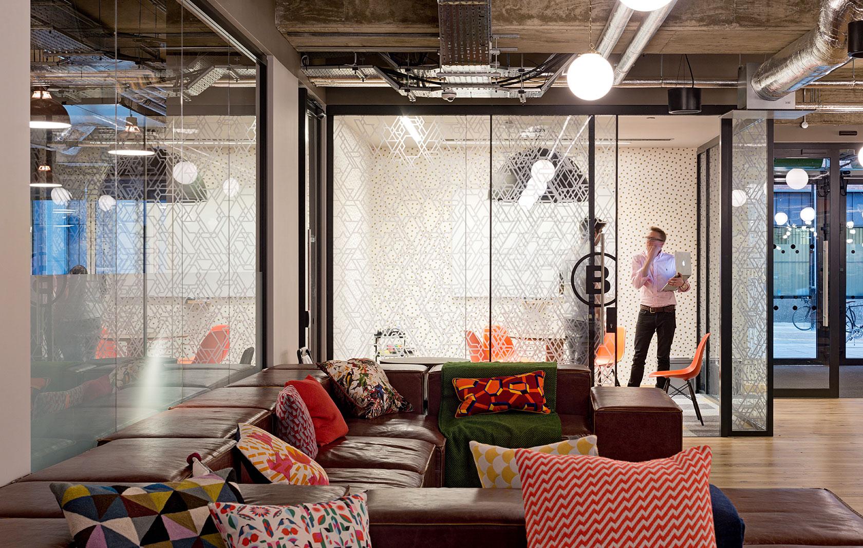 商业外观办公空间设计效果图欣赏