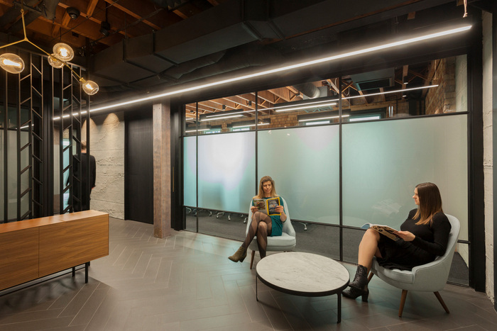 嘉定办公室装修效果图(900平米律师事务所)