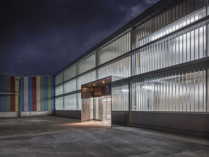 嘉定厂房装修效果图(1万3000平米)