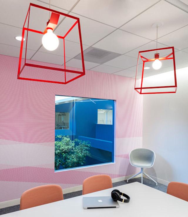 """上海办公室装潢拒絕""""內飾盛行的美國矽谷風格"""""""