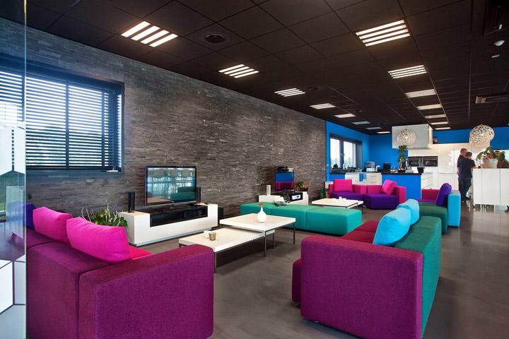 休息區也貫徹到了辦公空間設計概念