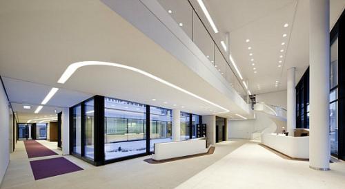 通透簡練的辦公空間設計規劃