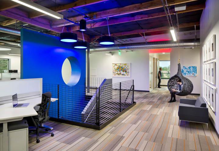 最有效利用空間的辦公空間設計效果