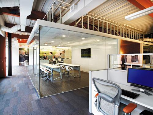 從客戶角度考慮的時尚辦公空間設計