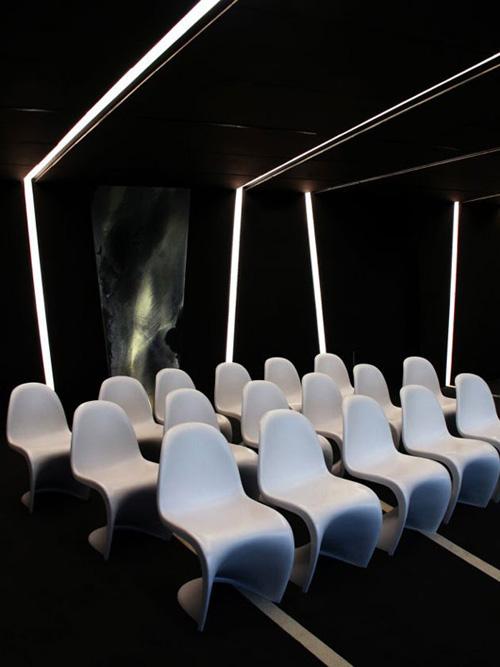 水晶大樓裏辦公空間設計風格