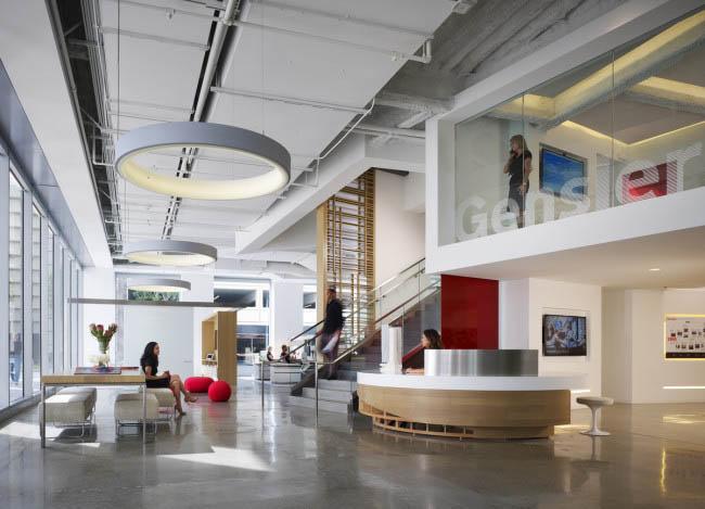 明亮的辦公空間設計效果
