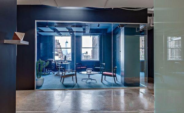 生動使用各種辦公空間色彩