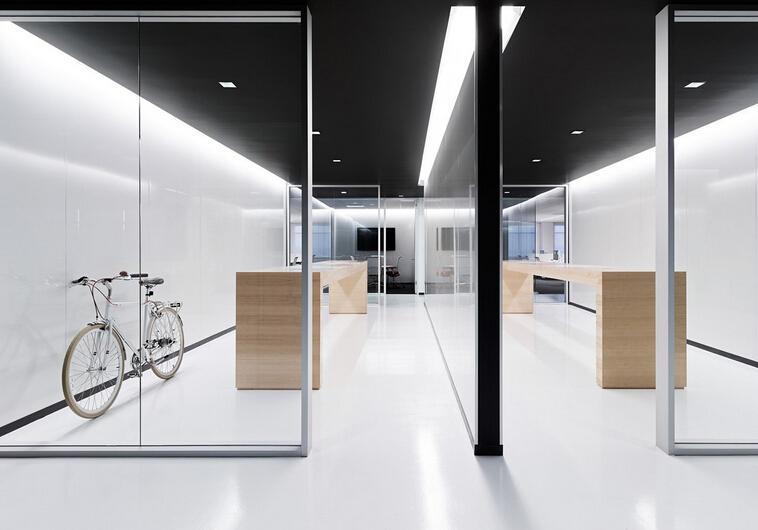 站立式會議室