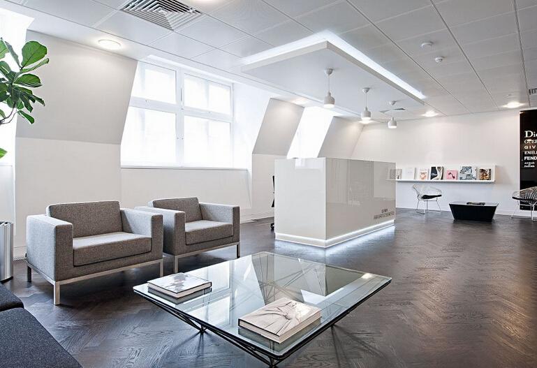 奢侈品路易威登的時尚辦公空間