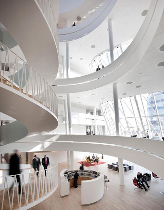 旋轉跳躍的辦公空間設計方式
