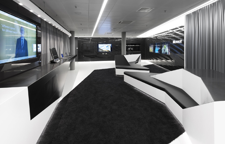 上海写字楼装潢- 黑白極致之美,微軟瑞士演示中心辦公室設計