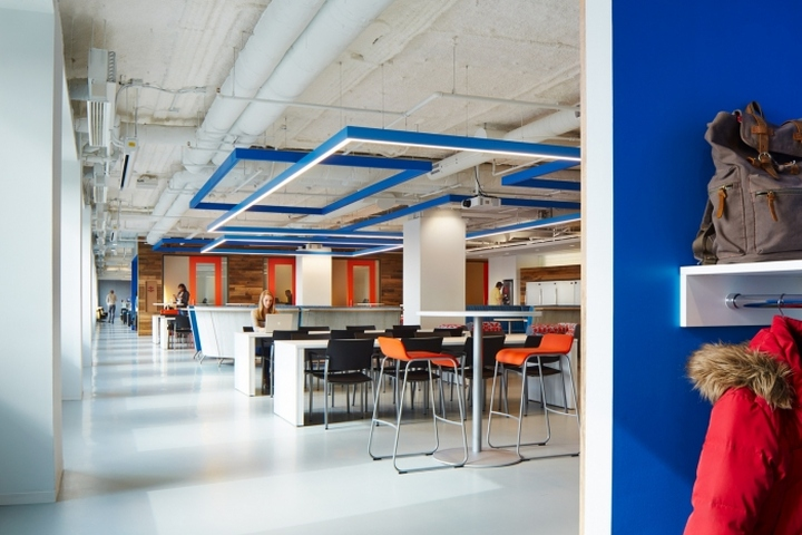 上海办公楼装修- 幾何色彩塊狀設計,軟件開發商Cision辦公空間