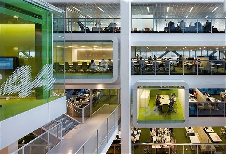 上海写字楼装潢- 真怀疑这个办公空间设计的灵感是来自太空站