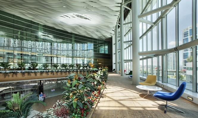 上海写字楼装修- 办公设计有几何?且看Ebay办公的几何设计