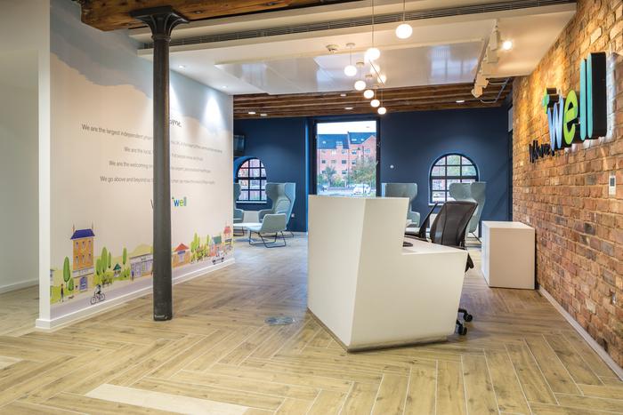 上海写字楼装修- 创意十足的WellPharmacy曼彻斯特办公空间设计