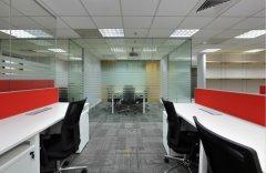 上海办公楼装修设计中家具玻璃不慎刮花该如何